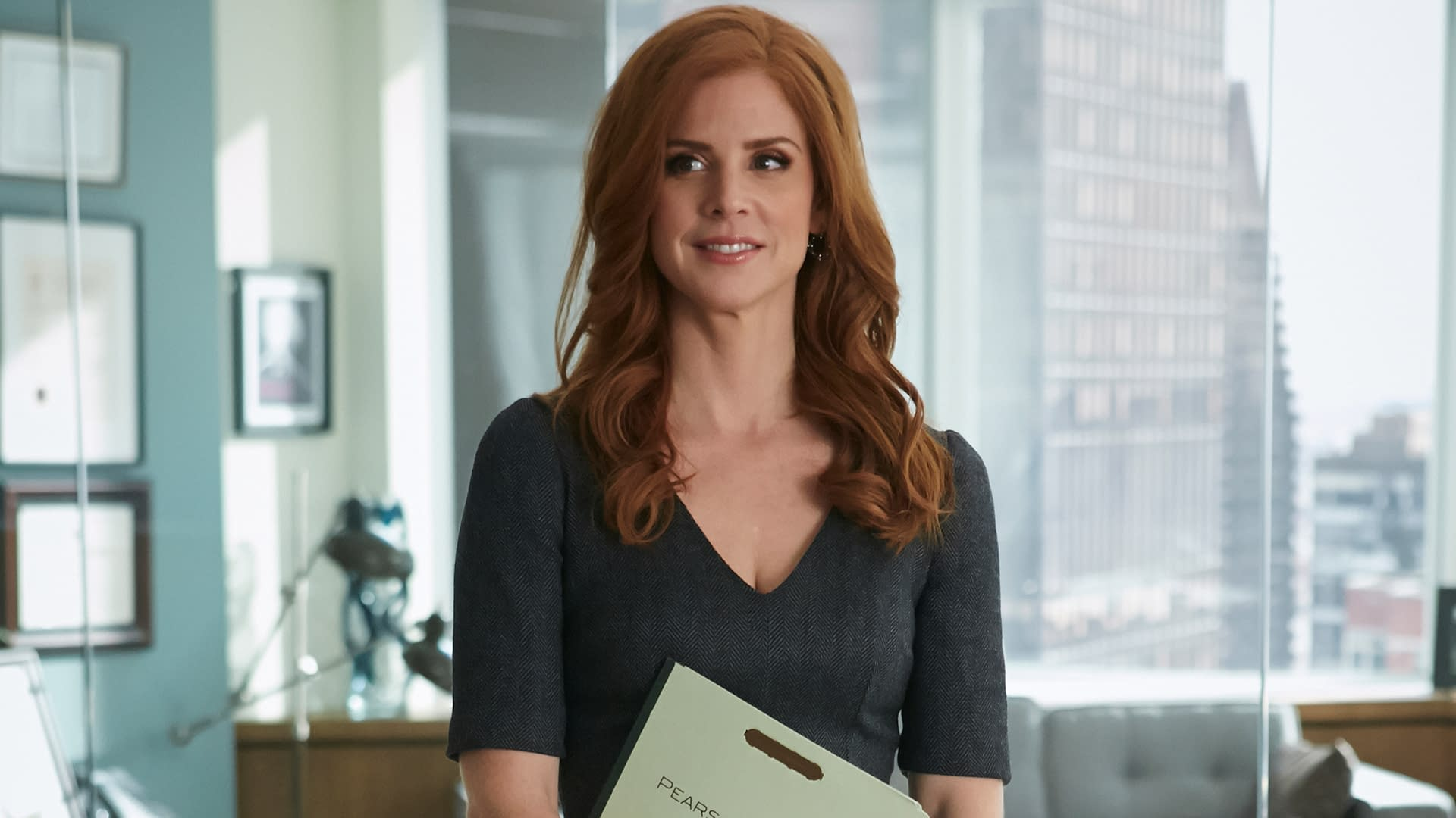"""SUITS -- """"Breakfast, Lunch and Dinner"""" Episode 402 -- Pictured: (l-r) -- (Photo by: Ian Watson/USA Network)"""